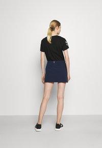 Hummel - PRO GAME SKORT WOMAN - Sports skirt - black iris - 2