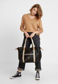 Kipling - ART M - Weekend bag - delicate black - 1