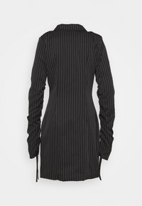 Missguided Tall - RUCHED SLEEVE PINSTRIPE - Blazer - black - 1