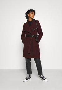 Vero Moda - VMWATERFALL CLASS - Classic coat - port royale/black - 1