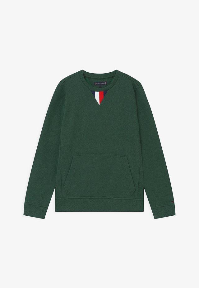 GLOBAL DETAIL  - Sweatshirt - green
