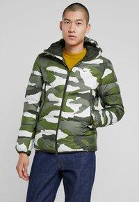 Nike Sportswear - Vinterjacka - medium olive/sequoia - 0