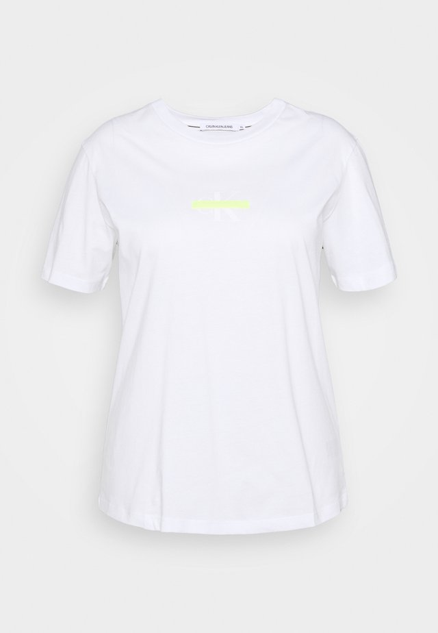 PLUS CENSORED SLIM TEE - Print T-shirt - bright white