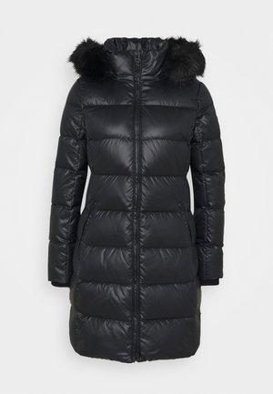 ESSENTIAL REAL COAT - Dunkåpe / -frakk - black