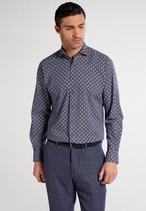COMFORT FIT - Skjorter - purple