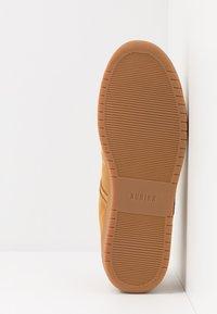 Nubikk - YUCCA CANE  - Sneakers basse - wheat - 4