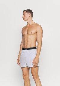 Lacoste - 2 PACK - Boxer shorts - noir/argent chine - 0