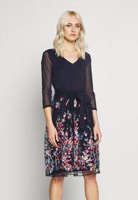 Esprit Collection - DRESS - Koktejlové šaty/ šaty na párty - navy - 0