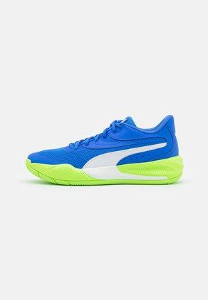 TRIPLE - Basketball shoes - bluemazing/green glare