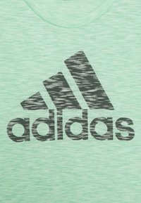 adidas Performance - T-shirt print - glory lime/green six - 2