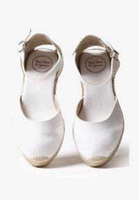 Toni Pons - CALDES - Espadrilles - white - 1