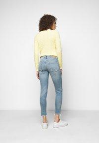 Polo Ralph Lauren - VIONA - Skinny džíny - light indigo - 2