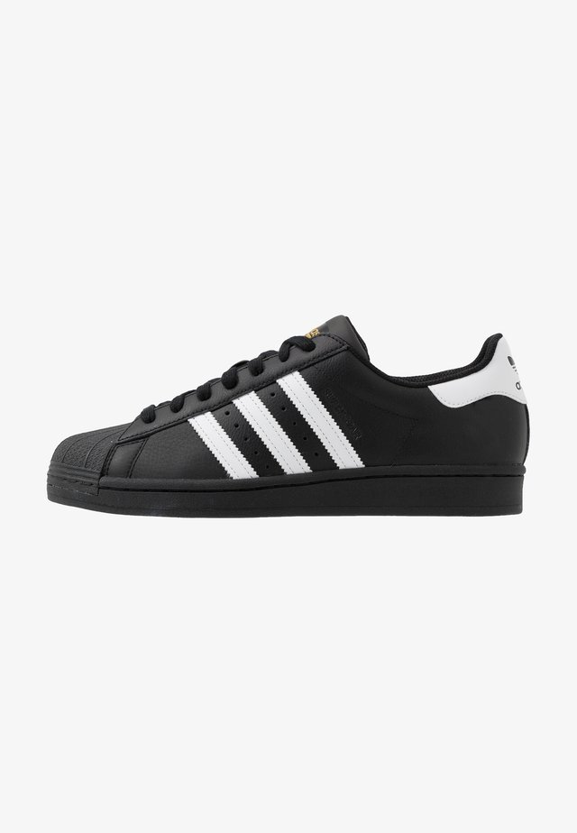 SUPERSTAR - Sneakersy niskie - core black/footwear white