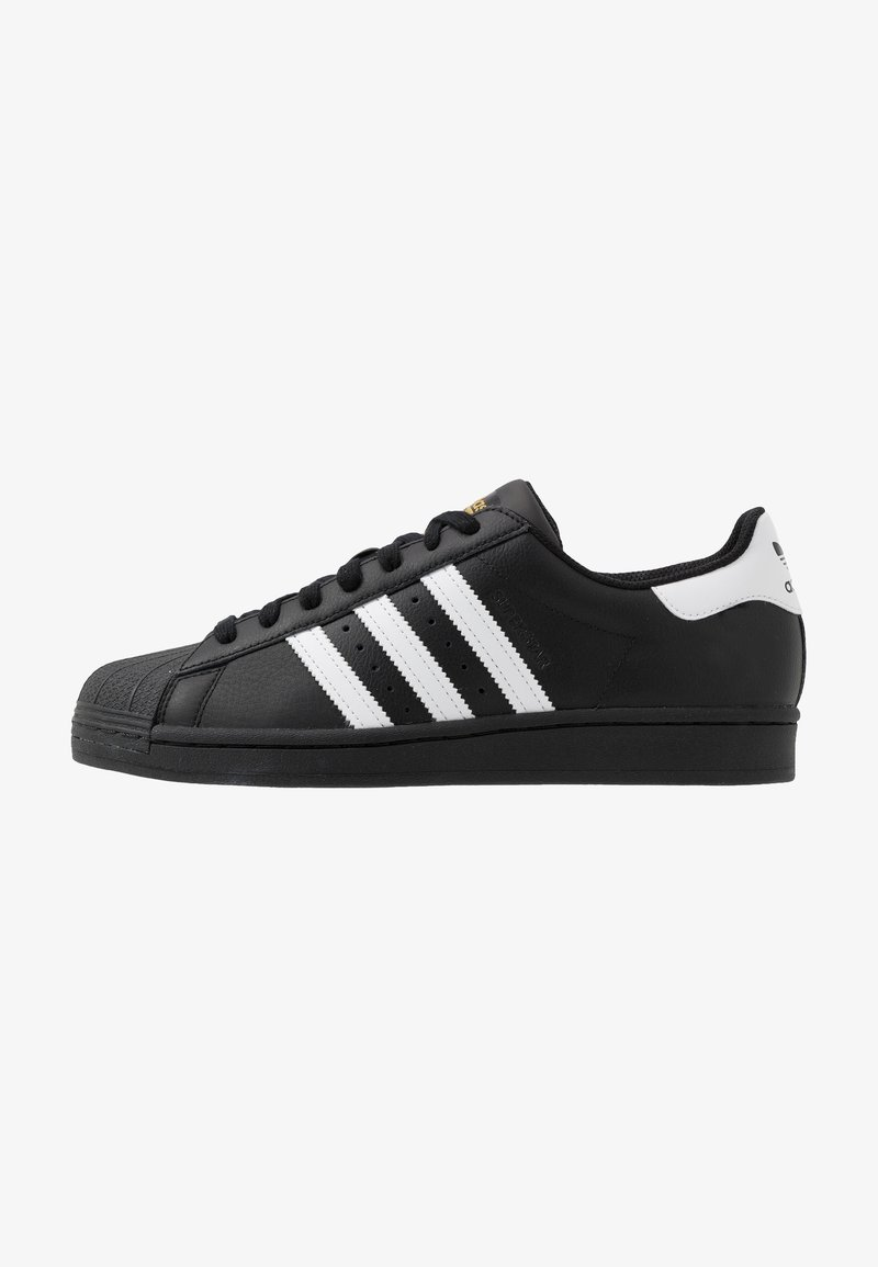 adidas Originals - SUPERSTAR - Sneakersy niskie - core black/footwear white