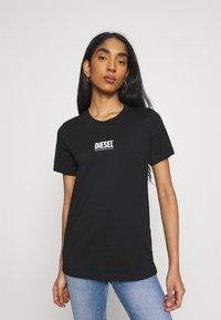 Diesel - T-SILY-SMALLLOGO - Print T-shirt - black - 0