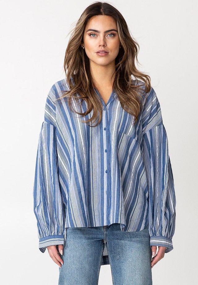 KIKKI - Button-down blouse - white