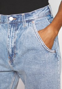 Weekday - FRAME PEN - Relaxed fit jeans - pen blue - 4
