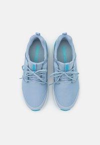 Skechers Performance - GO GOLF MAX - Golf shoes - light blue/hot melt/white - 3