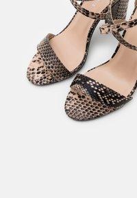 Glamorous - Sandały na obcasie - beige - 5