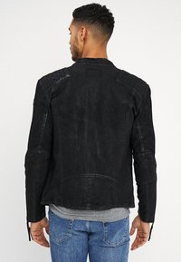 Tigha - BUFFED - Veste en cuir - black