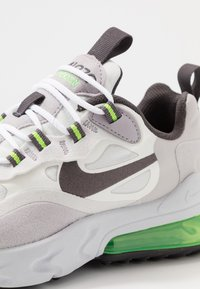 Nike Sportswear - AIR MAX 270 REACT - Trainers - summit white/silver lilac/electric green/vast grey - 2