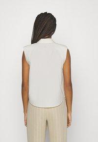 YAS - YASAGANA - Button-down blouse - eggnog - 2