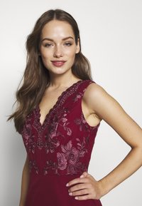 Chi Chi London - THALIA DRESS - Suknia balowa - burgundy - 3