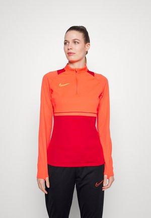 ACADEMY 21 - Sweatshirt - gym red/bright crimson/volt