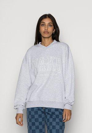 PRINTED V NECK SWEATER - Sweatshirt - grey melange