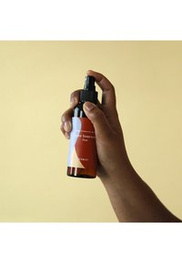 LOVBOD - BODY TREATMENT SPRAY FIRST - Spray corpo - - - 1