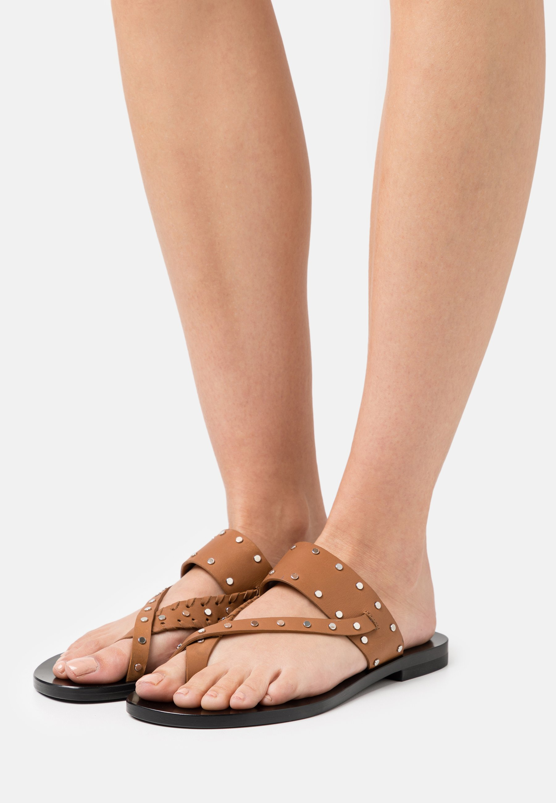 Women WIKI - T-bar sandals