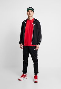 Nike Sportswear - SUIT BASIC - Chándal - black/white - 1
