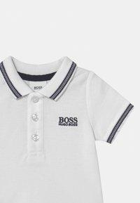 BOSS Kidswear - SHORT SLEEVE - Polo shirt - white - 2