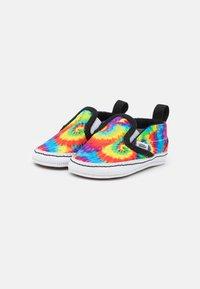 Vans - IN SLIP-ON V CRIB - First shoes - multicolor/true white - 1