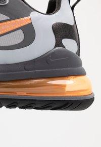 Nike Sportswear - AIR MAX 270 REACT WTR - Sneakersy niskie - wolf grey/total orange/black/dark grey - 8