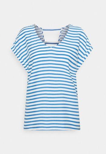 V NECK  - Print T-shirt - mid blue/white