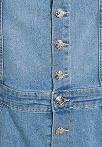 ONLY - ONLAIA LIFE SPENCER DRESS - Denim dress - light blue denim - 5