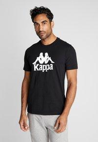 Kappa - CASPAR - T-shirt con stampa - caviar - 0