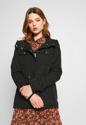 VMPERNILLENEW  - Summer jacket - black