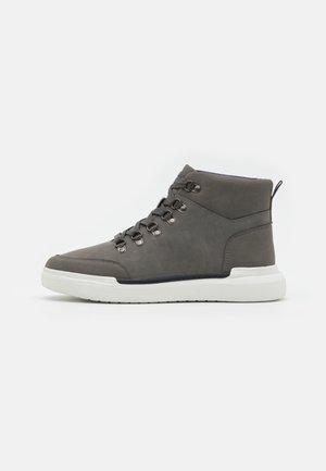 CANNON - Sneakersy wysokie - grey