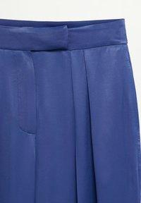 Mango - SATIN - Trousers - bleu marine foncé - 5