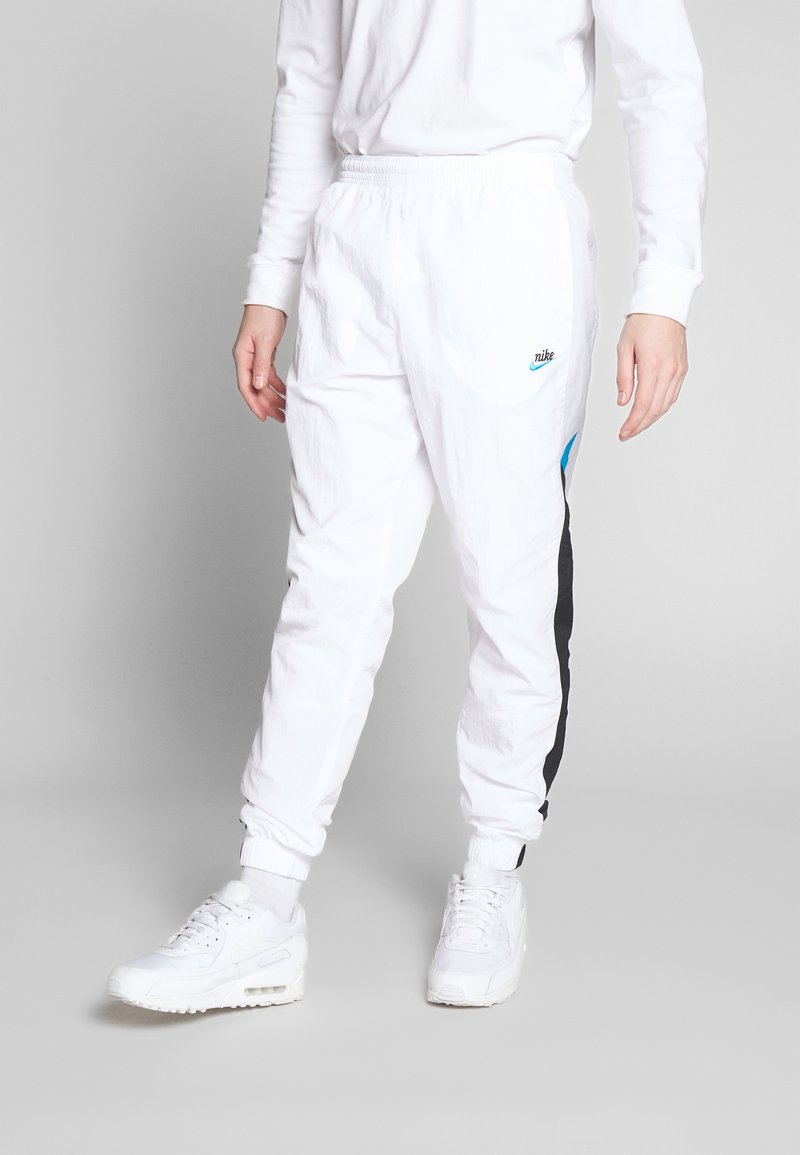 Nike Sportswear - PANT SIGNATURE - Träningsbyxor - white/black/pure platinum