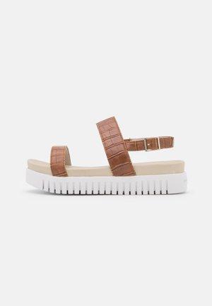 TULIP1065CR SANDALS - Sandals - burnt caramel
