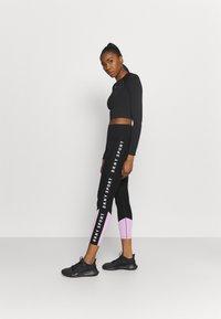 DKNY - HIGH WAIST LEGGING  - Leggings - lilac - 1