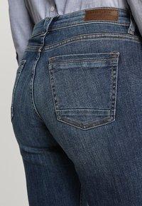 Esprit - Bootcut jeans - blue dark wash - 5
