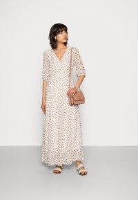 Notes du Nord - VILAYA RECYCLED DRESS - Vestito lungo - white - 1