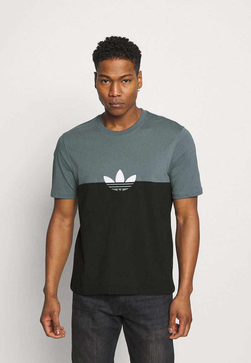 adidas Originals - SLICE BOX - Print T-shirt - black/blue oxide