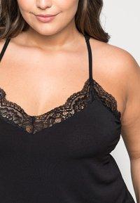 Vero Moda Curve - VMANA LACE TOP CURVE - Print T-shirt - black - 4