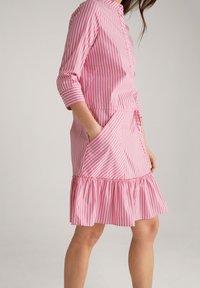 JOOP! - Shirt dress - pink/weiß - 5