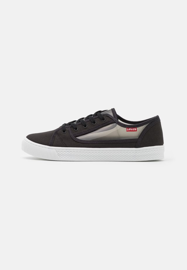 MALIBU TRANSPARENT - Sneakersy niskie - regular black